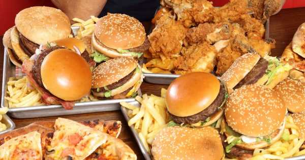 Diet of pizza and burgers reduces fertility of young men