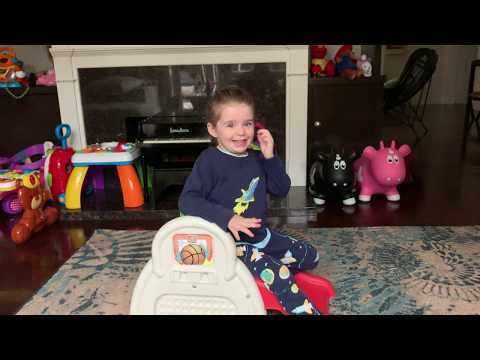 The Cutest 4 Y.O. Sings The Color Song! And Other Tunes! The Mia Show!!   Perez Hilton