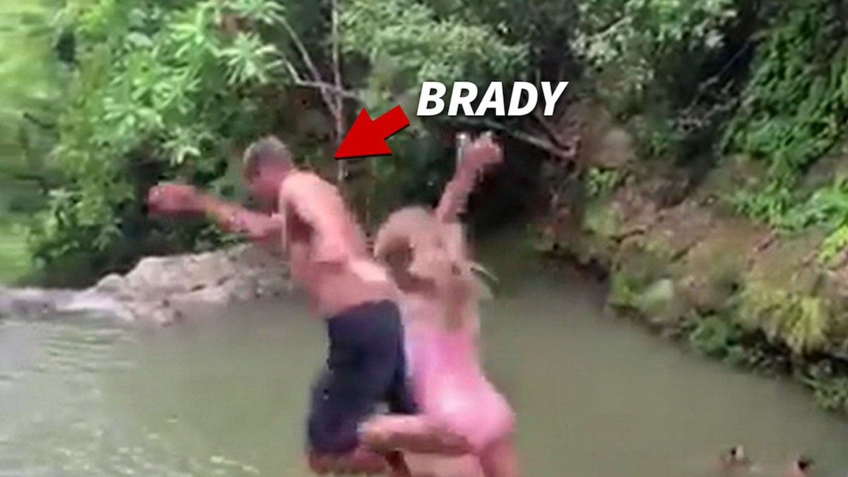 Tom Brady Risks It All Cliff Diving With Daughter In Costa Rica