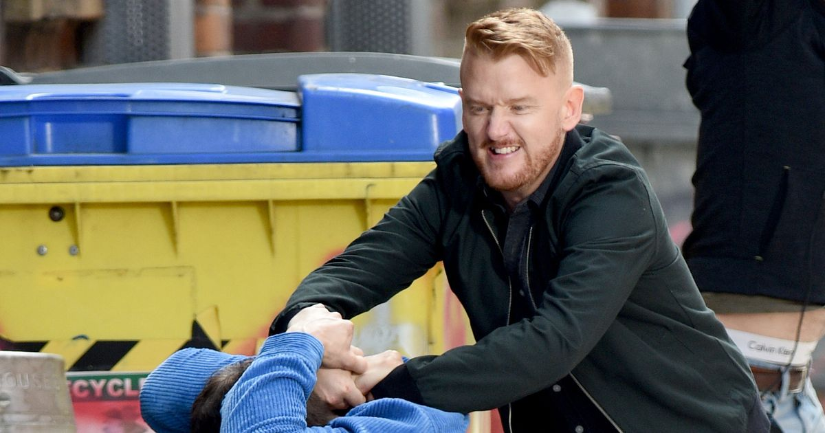 Gary leaves third victim for dead in brutal attack that will horrify Corrie fans