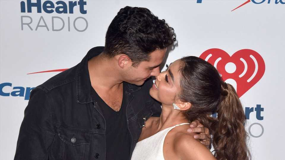 Sarah Hyland & Wells Adams Are Engaged & Their Proposal Video Has Us Swooning
