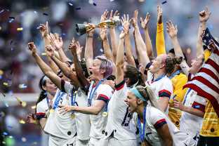 A Senator Has Introduced A Bill To Require Equal Pay For The US Women's Soccer Team