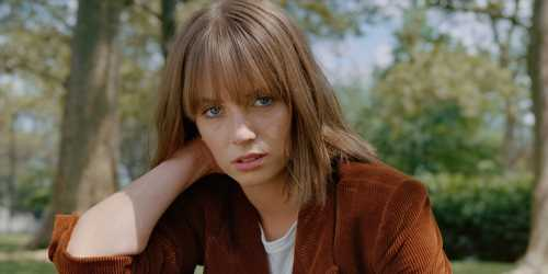 Maya Hawke Opens Up About Robin's Coming Out in 'Stranger Things'
