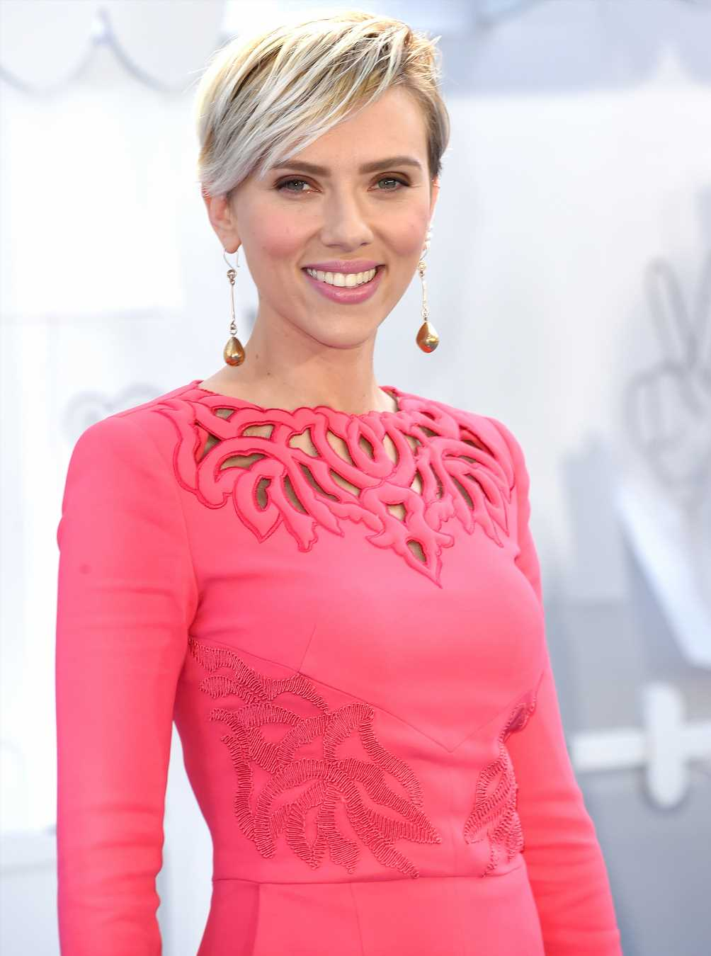 Scarlett Johansson Claims Her Remark on Being 'Allowed to Play Any Person' Was 'Taken Out of Context'