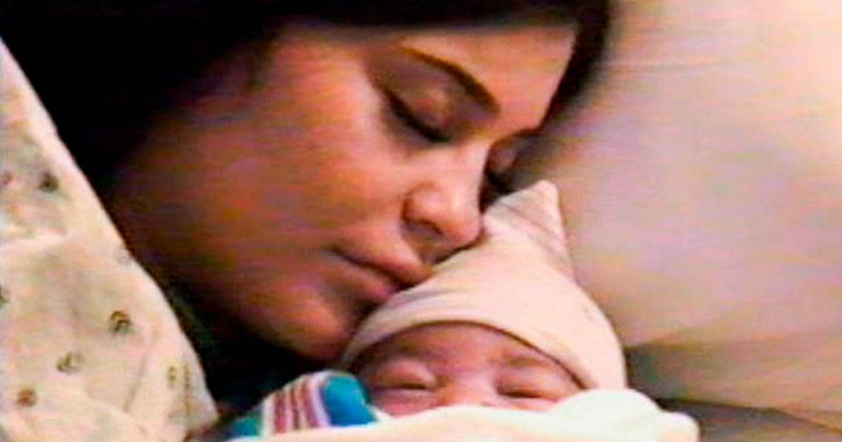Kylie Jenner shares never-seen-before images of daughter Stormi's birth