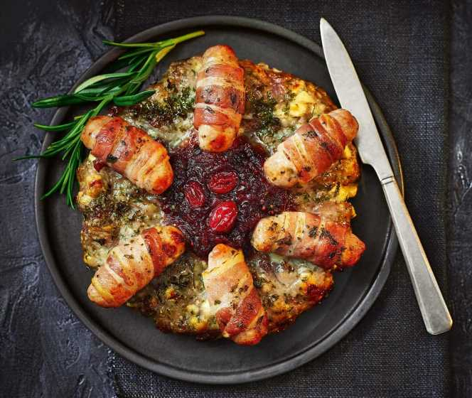 Tesco's Christmas menu is here and it includes a pigs in blankets stuffing wreath