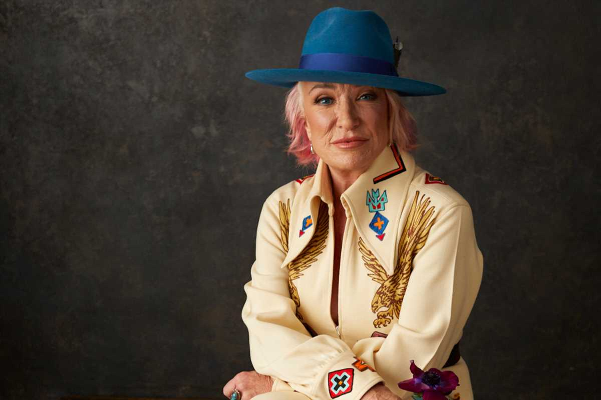 """Tanya Tucker Bolsters Her Country Legacy With the Powerful 'While I'm Livin"""""""
