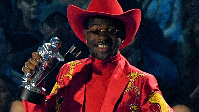 Lil Nas X's 'Old Town Road' wins Song of the Year at 2019 VMAs