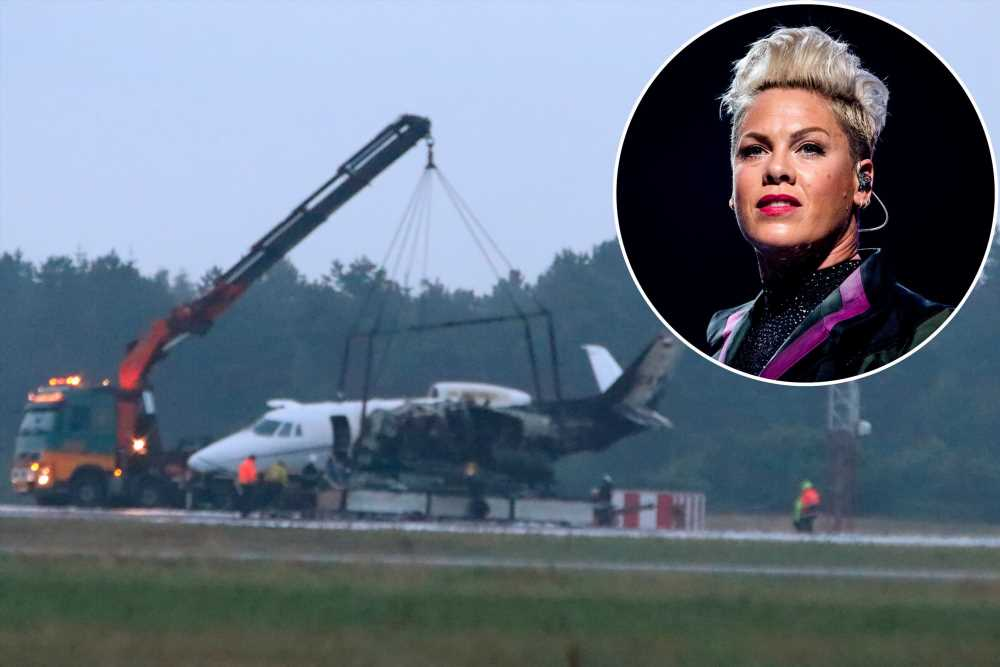 Celebrities recount scary flying stories