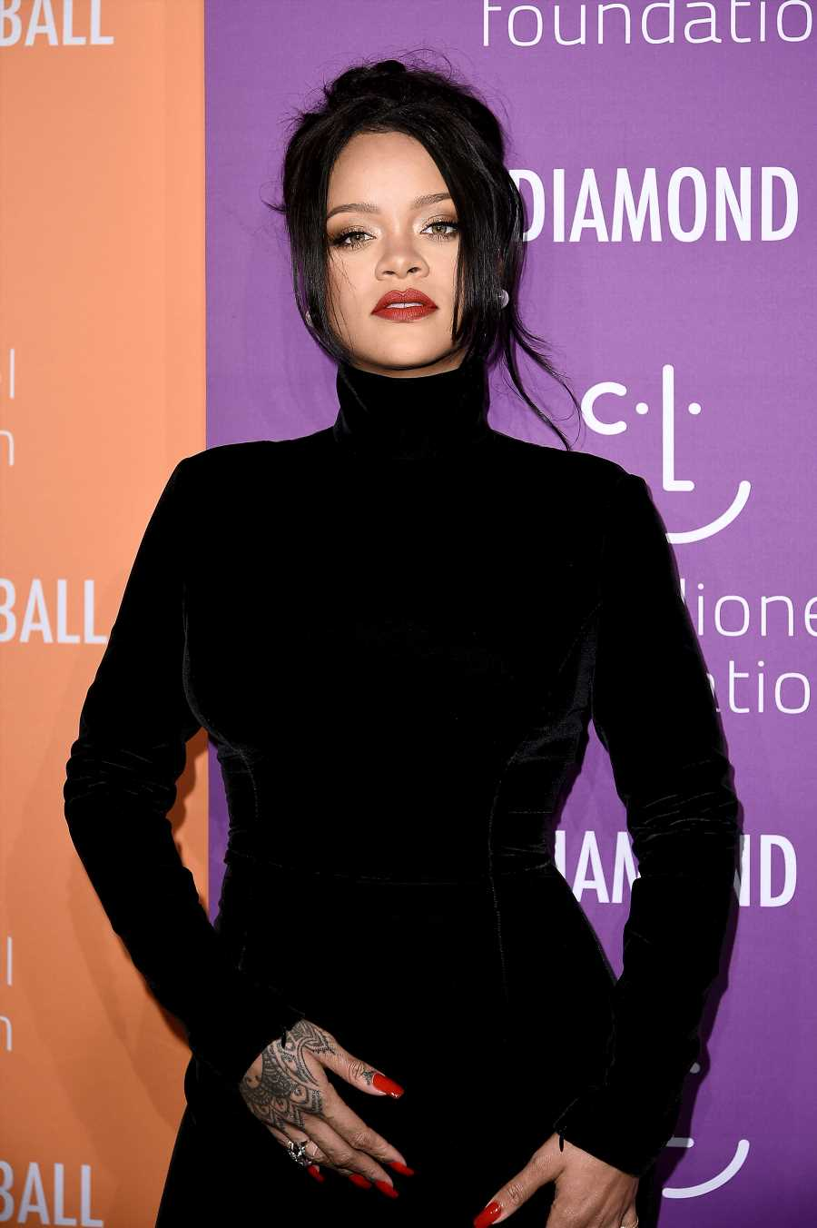Rihanna Mourns the Death of Her Uncle Rudy with Photo Featuring Dad Ronald Fenty