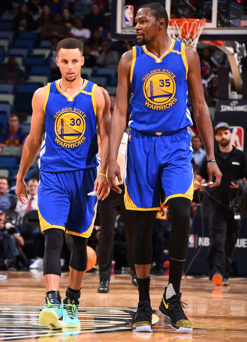Stephen Curry Responds to Kevin Durant's Claim He Didn't Fit in with Warriors: 'That's Tough'