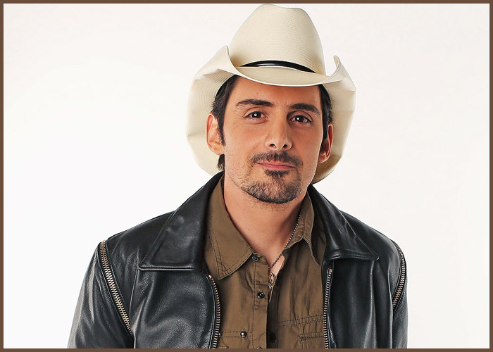 Brad Paisley To Star In Amazon Comedy Series 'Fish Out Of Water'