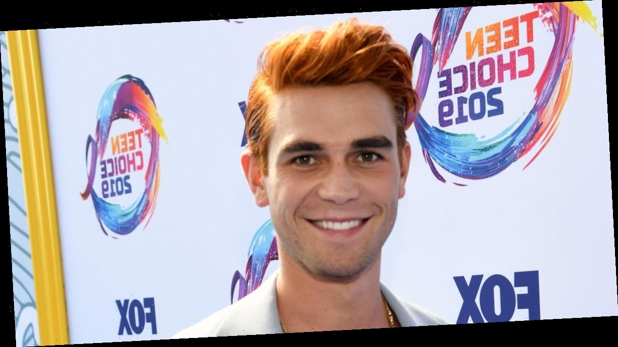 These Are the Gorgeous Ladies Who've Been Linked to the Equally Gorgeous KJ Apa