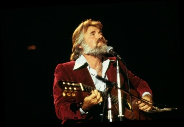 Kenny Rogers Tops Billboard Country Albums Chart