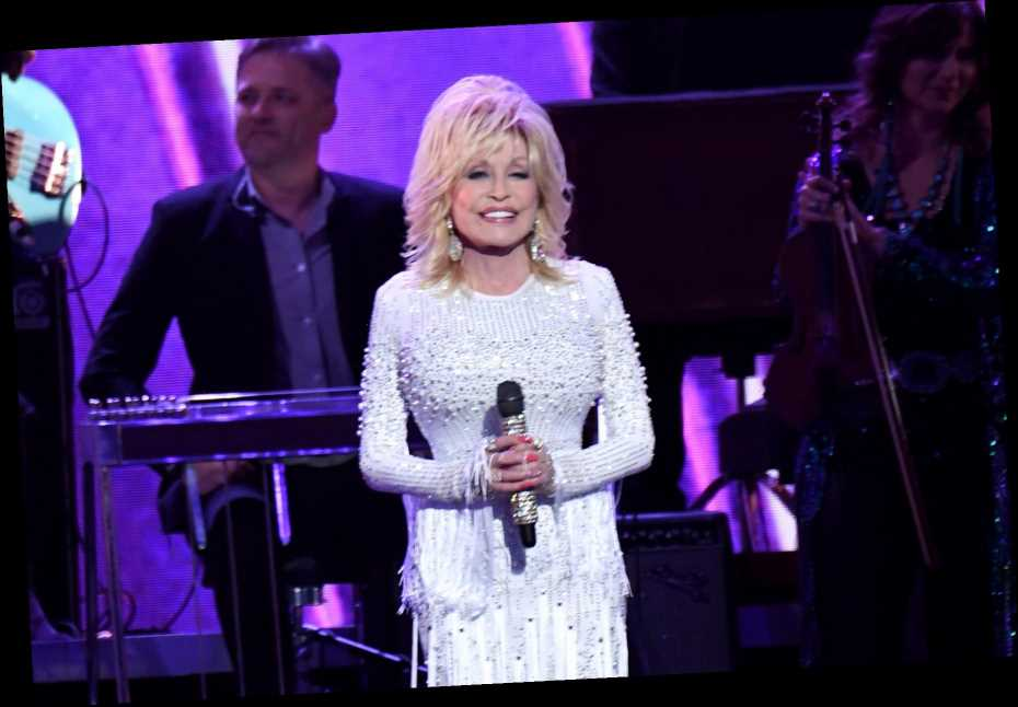 Dolly Parton Releases Six Albums to Digital Streaming
