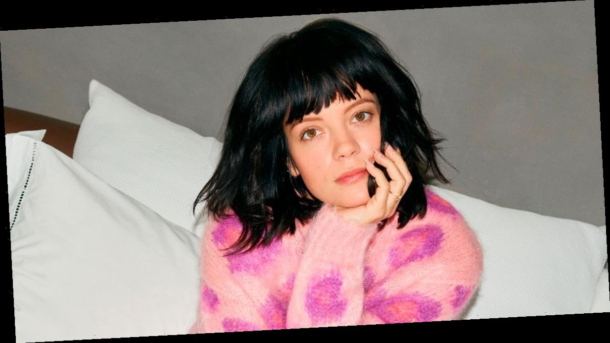 Lily Allen tells she has washing a basket filled 'to the top' with dildos