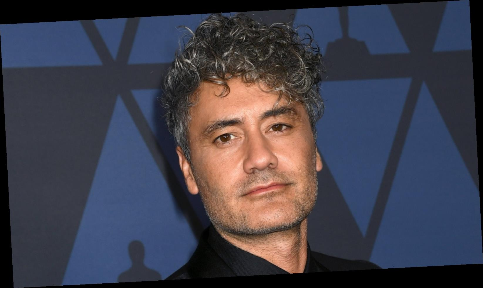 Where does Taika Waititi live and how big is his house?