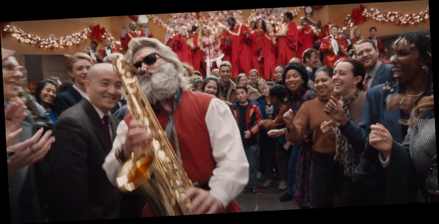 'The Christmas Chronicles 2' Trailer: Kurt Russell and His Sax Are Back to Save Christmas