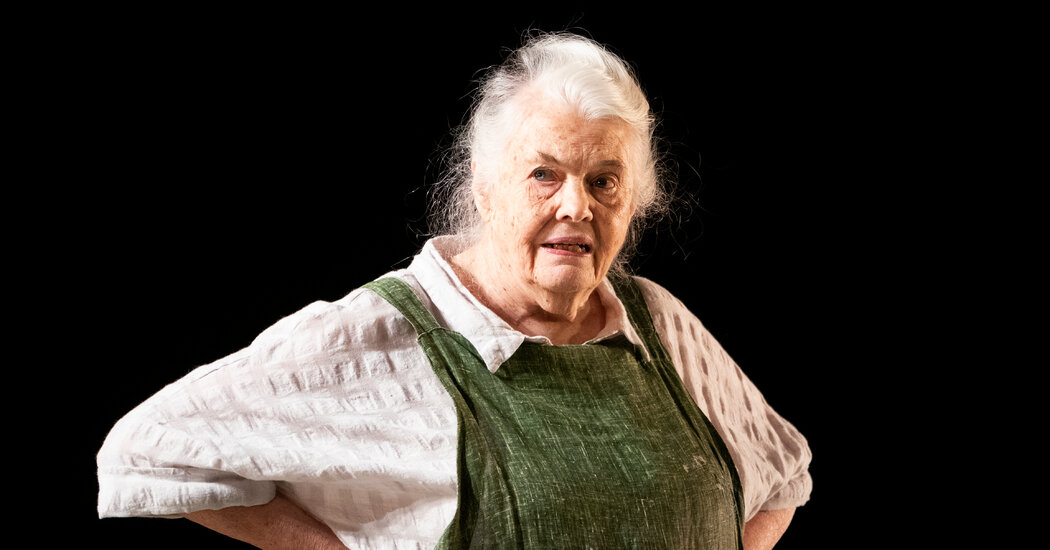 Lois Smith Says Her Tony-Nominated Role 'Was a Pleasure Every Day'