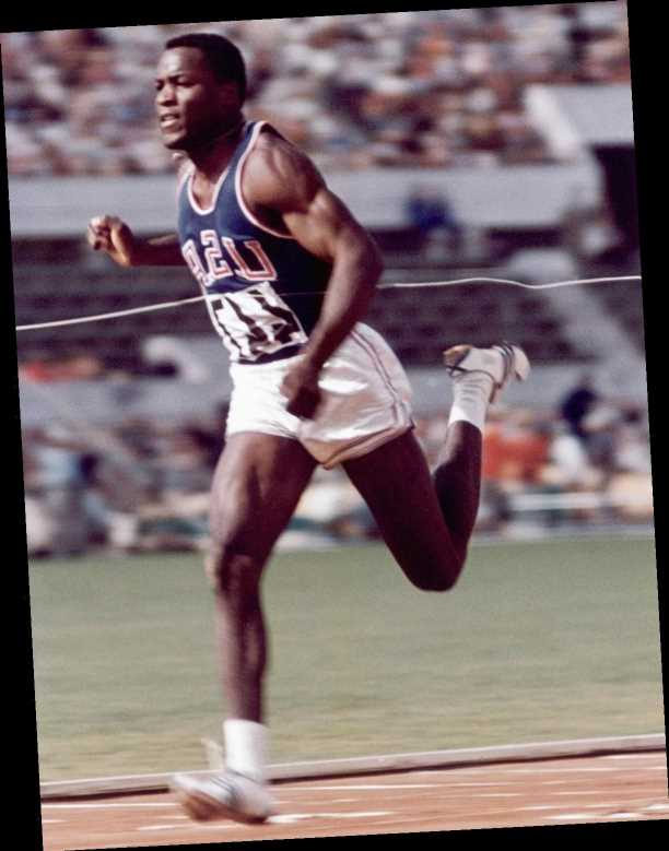 Rafer Johnson, Olympic Champion Who Helped Subdue Robert F. Kennedy's Assassin, Dies at 86
