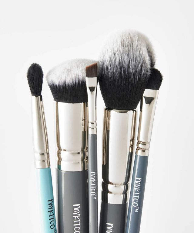 15 of the Best Makeup Brush Sets for Every Level of Mastery