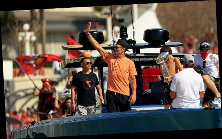 Tom Brady Tweets 'Nothing to See Here' About Video of Him Stumbling After Boat Parade
