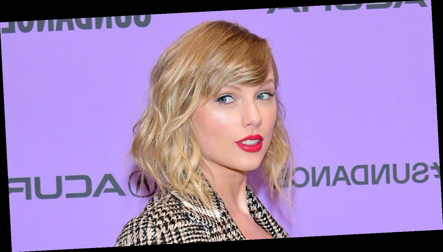 Taylor Swift Announces 'Fearless' Re-Recorded Album Release, 'Love Story' Dropping TONIGHT