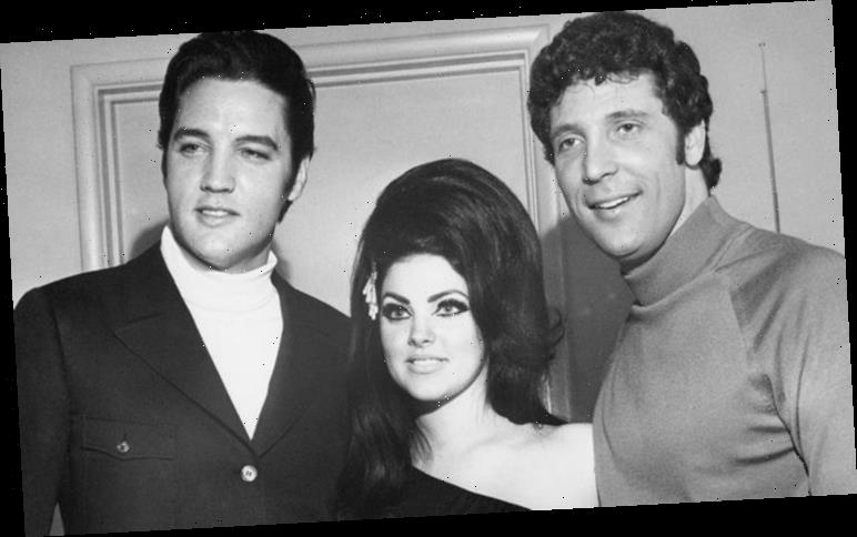 Elvis and Tom Jones: Incredible story behind THAT photo 'Elvis lead a standing ovation'