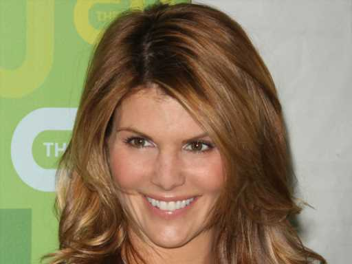 Lori Loughlin & Mossimo Giannulli Were Seen at This Luxurious Resort Days After His Prison Sentence Ended