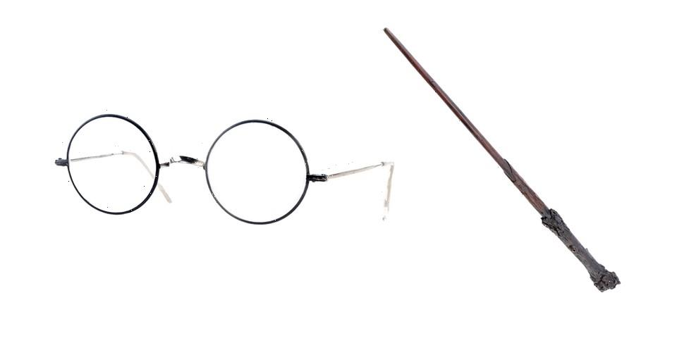 Prop Store's Massive TV and Film Auction Sees Daniel Radcliffe's 'Harry Potter' Glasses and Wand