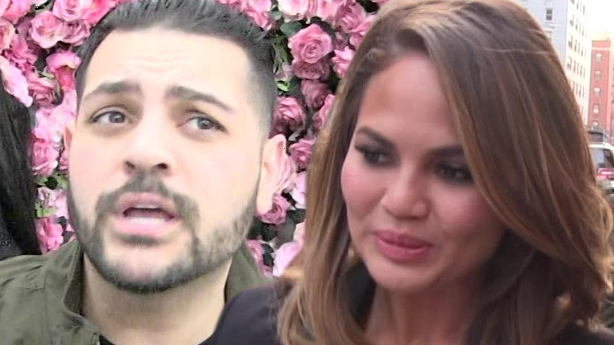 Chrissy Teigen Rips Michael Costello, 'No Idea What the F***' He's Doing