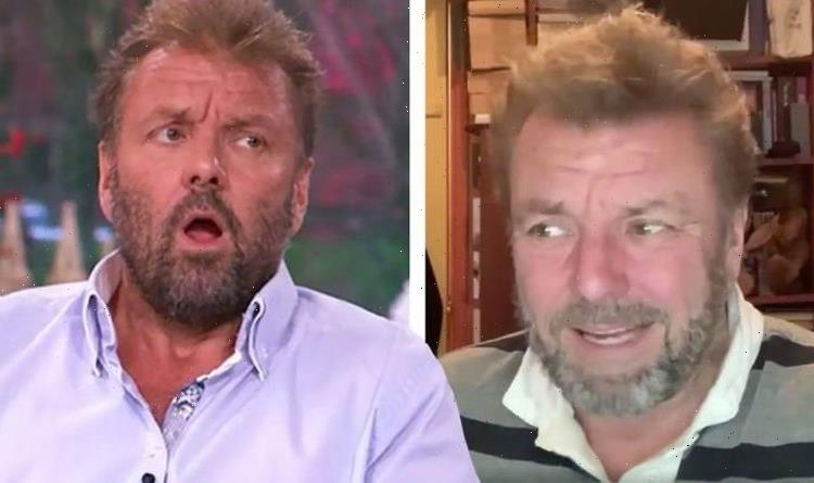 Martin Roberts suffers awkward exchange as Twitter user admits they don't know who he is