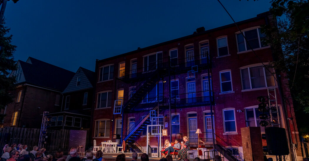 Staging 'The Glass Menagerie' on the Fire Escapes That Inspired It